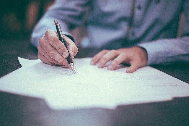 Umowa deweloperska: co powinna zawierać?