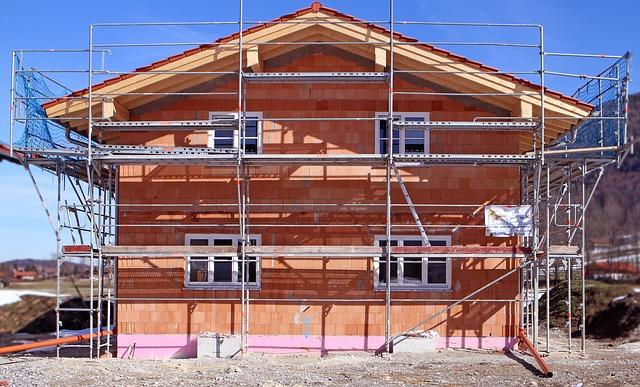 prace budowlane dom rynek pierwotny